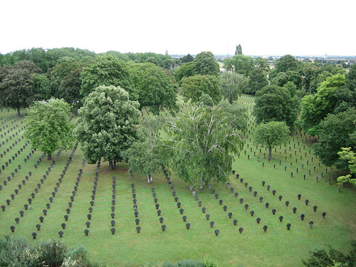 German War Cemetery Vienna