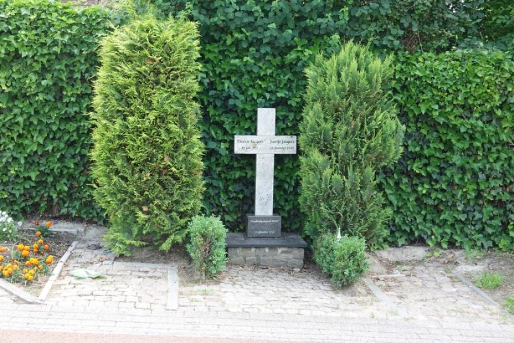 Memorial Civilian Victims 13 September 1944