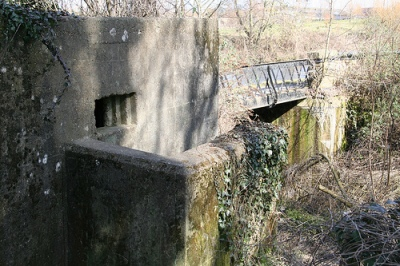 Pillbox FW3/26 Slough Canal