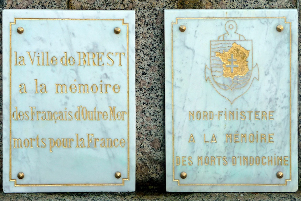 War Memorial Cimetière Kerfautras