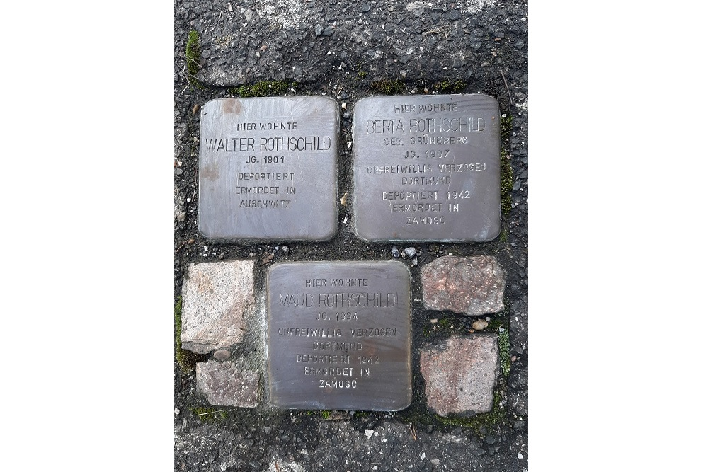 Stumbling Stone Alte Schulstraße 8