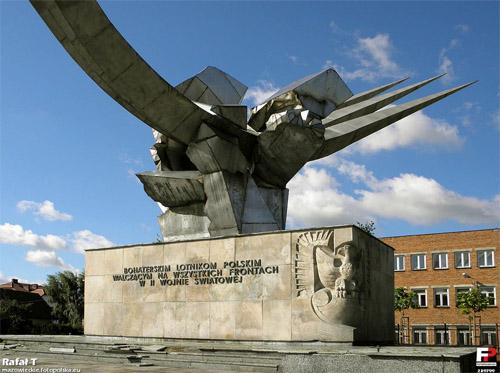 Monument Poolse Vliegeniers - Bevrijders