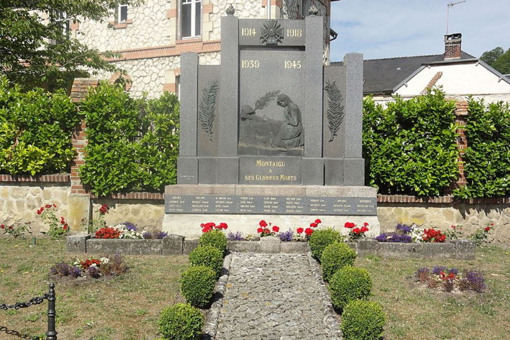 War Memorial Montaigu