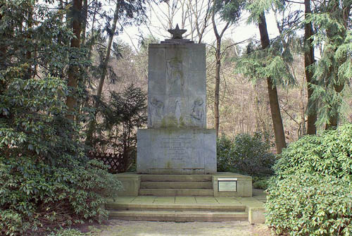 Soviet War Cemetery Duloh