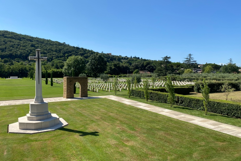 Oorlogsbegraafplaats van het Gemenebest Florence
