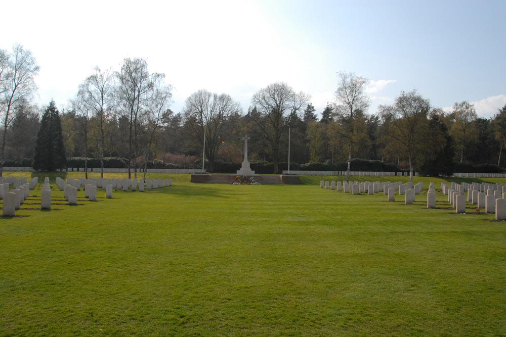 Holten Canadian War Cemetery Holten TracesOfWarcom