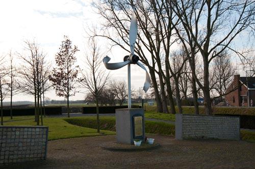 Memorial Lancaster JB659