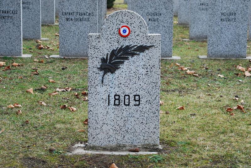 French Graves Wiener Zentralfriedhof