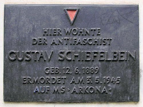 Plaque Gustav Schiefelbein