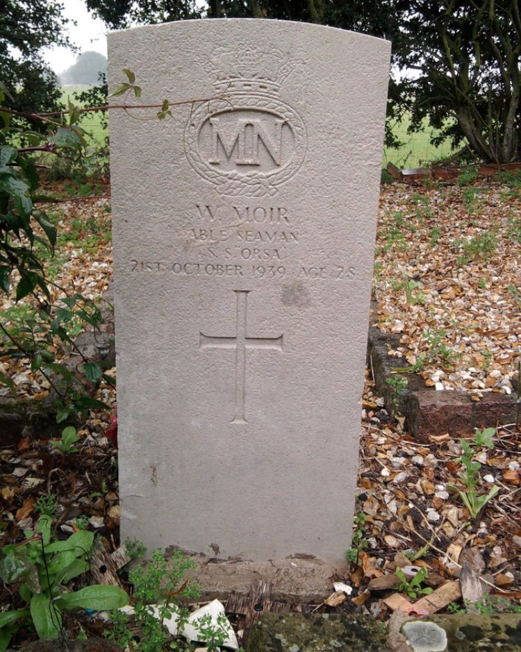 Commonwealth War Grave Saltfleetby St. Clement Churchyard