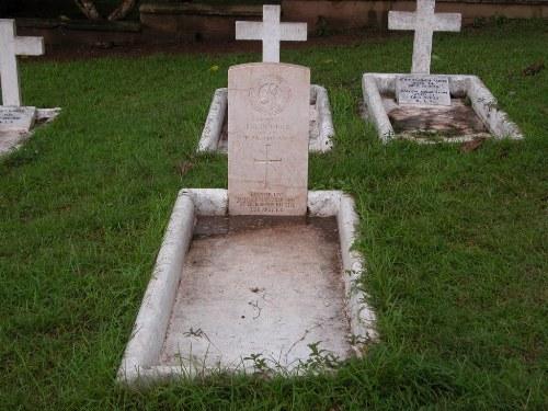 Oorlogsgraf van het Gemenebest R.C. Seminary Cemetery