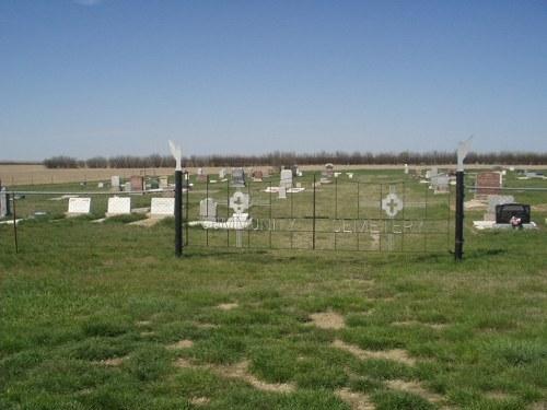Commonwealth War Grave Bateman Community Cemetery