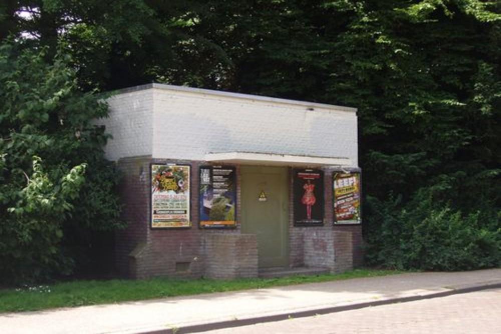 Bullet impacts Transformer House Noorderplantsoen