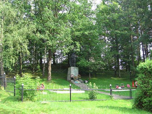Soviet War Cemetery Lahojsk