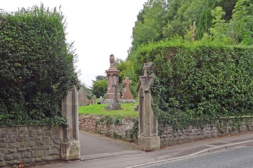 Commonwealth War Graves St. John the Baptist Church Cemetery