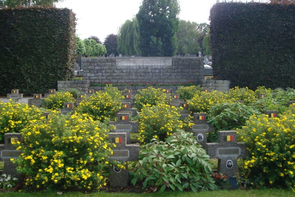 Belgian War Graves Tielt