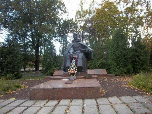 Massagraf Sovjet Soldaten Losynivka