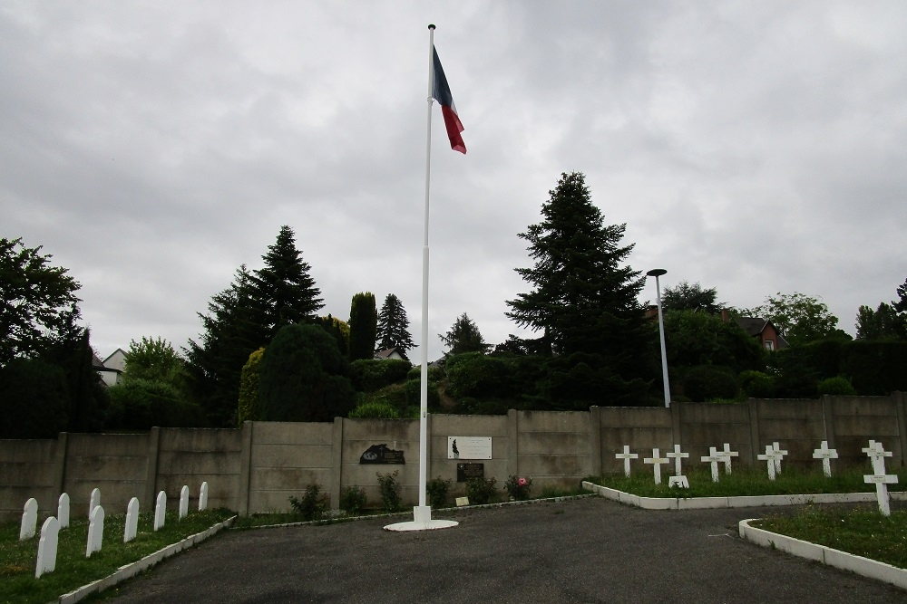 War Cemetery les Vallons