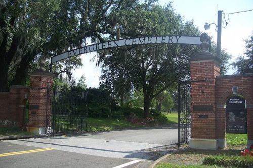 Oorlogsgraf van het Gemenebest Evergreen Cemetery
