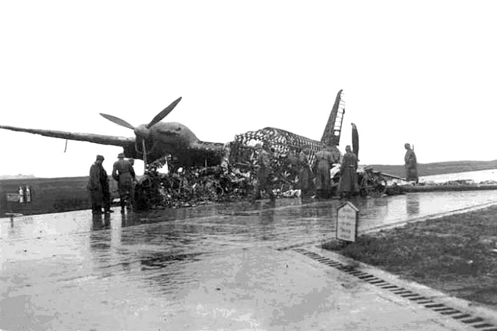 Emergency landing Wellington W5421 Deurne 1941