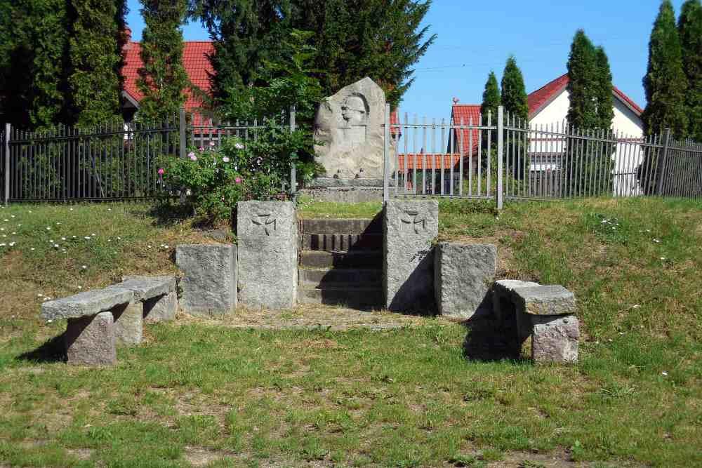 War Memorial Winniki