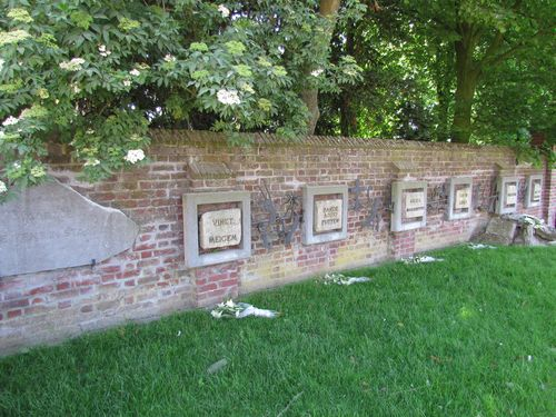 Memorial 'What Man Is Capable Of' Vinkt