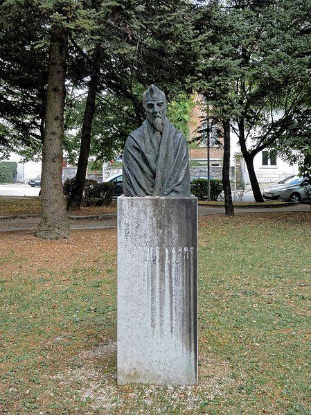 Bust Vladimir Nazor