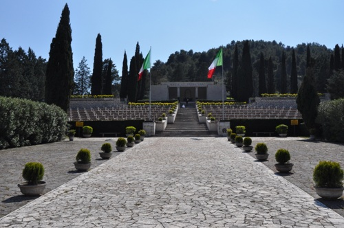 Italian War Cemetery Mignano Monte Lungo