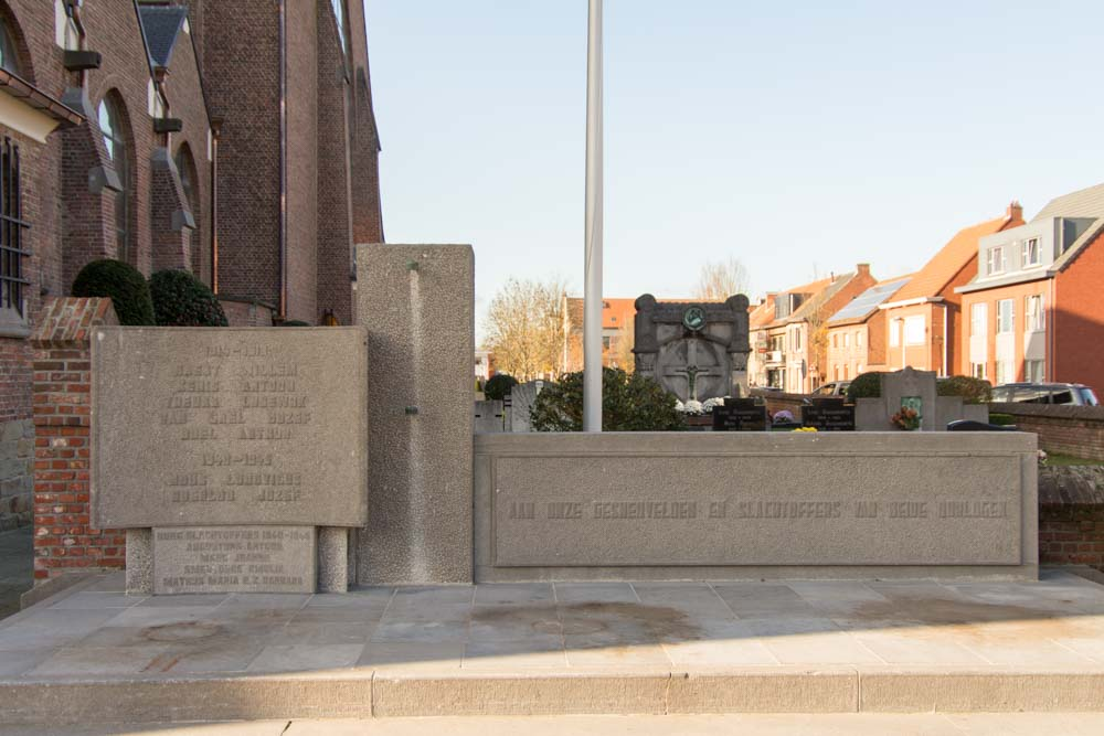 War Memorial Churchyard Gooreind