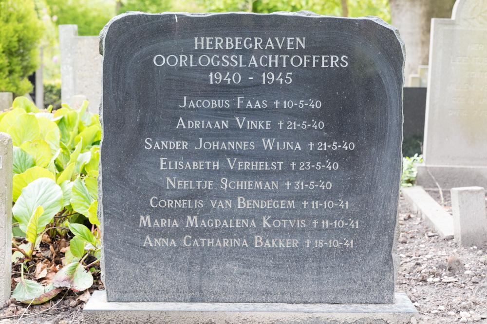 Monument Herbegraven Oorlogsslachtoffers Axel