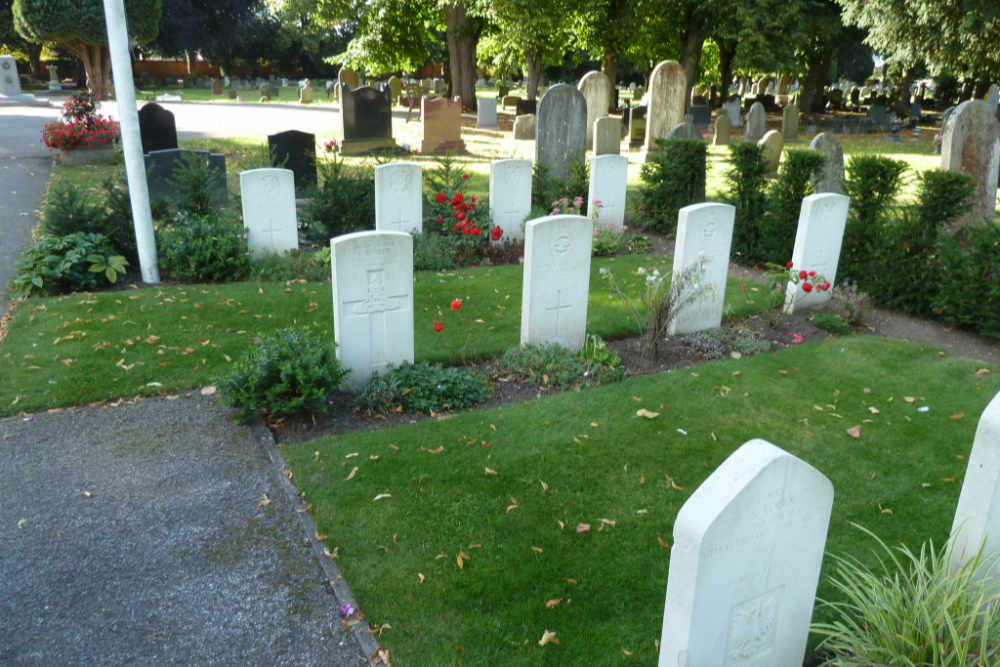 Commonwealth War Graves Newark-on-Trent Cemetery