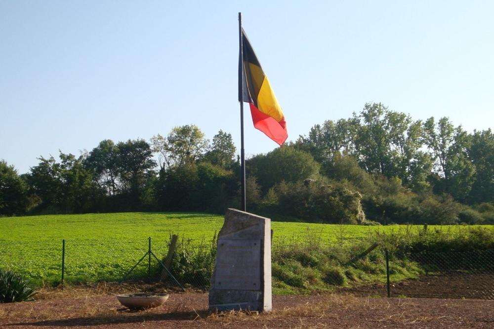 Monument Burgerslachtoffers Eben-Emael