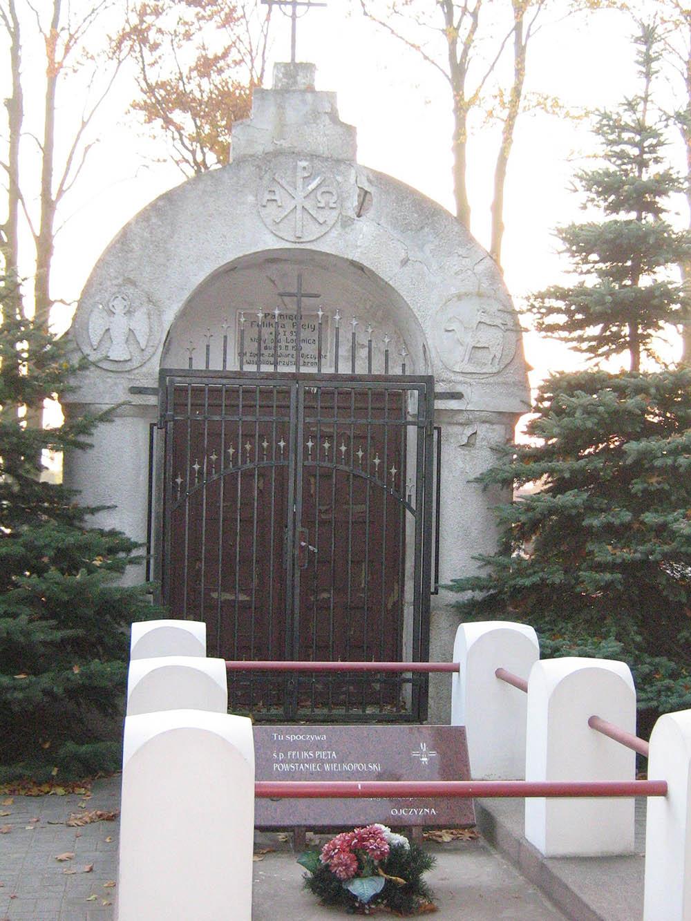 Polish War Grave Bukowiec