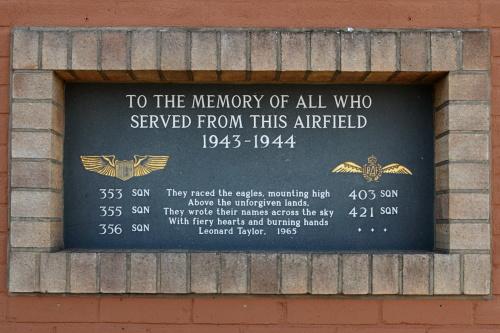 Monument RAF Lashenden