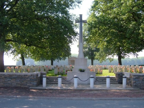 Commonwealth War Cemetery Cagnicourt