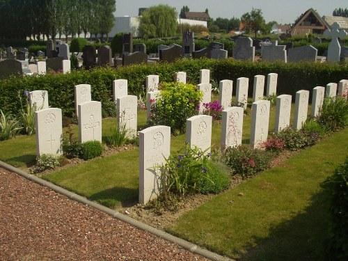 Oorlogsgraven van het Gemenebest Caëstre