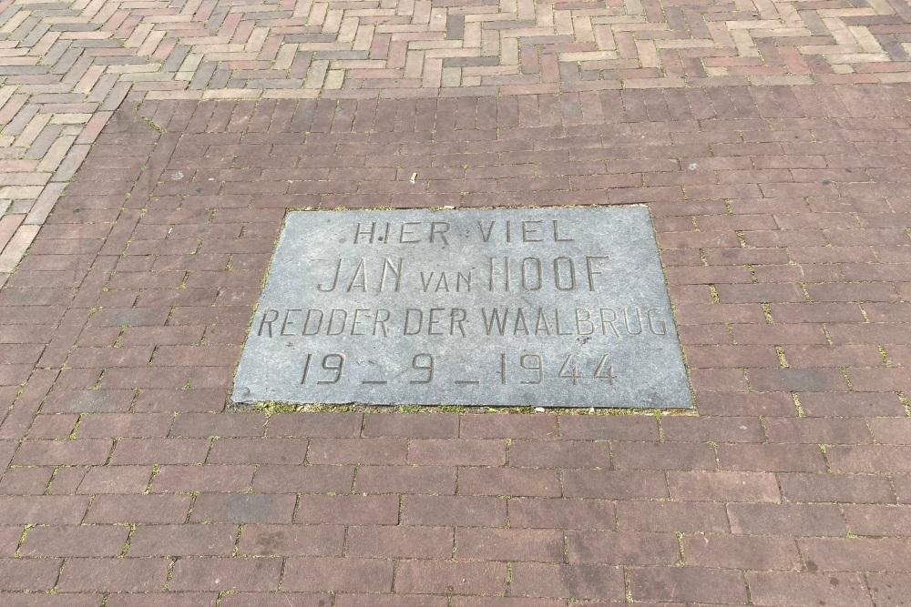 Herdenkingssteen Jan van Hoof