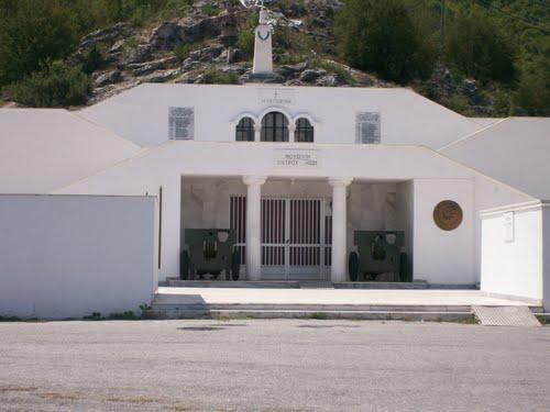 Fort Lisse Ochyro
