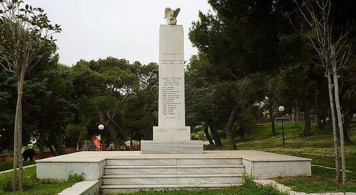 War Memorial Pentili