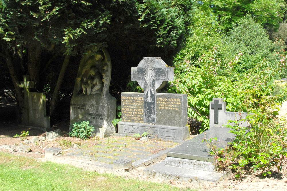 Nederlandse Oorlogsgraven Begraafplaats Orthen Den Bosch