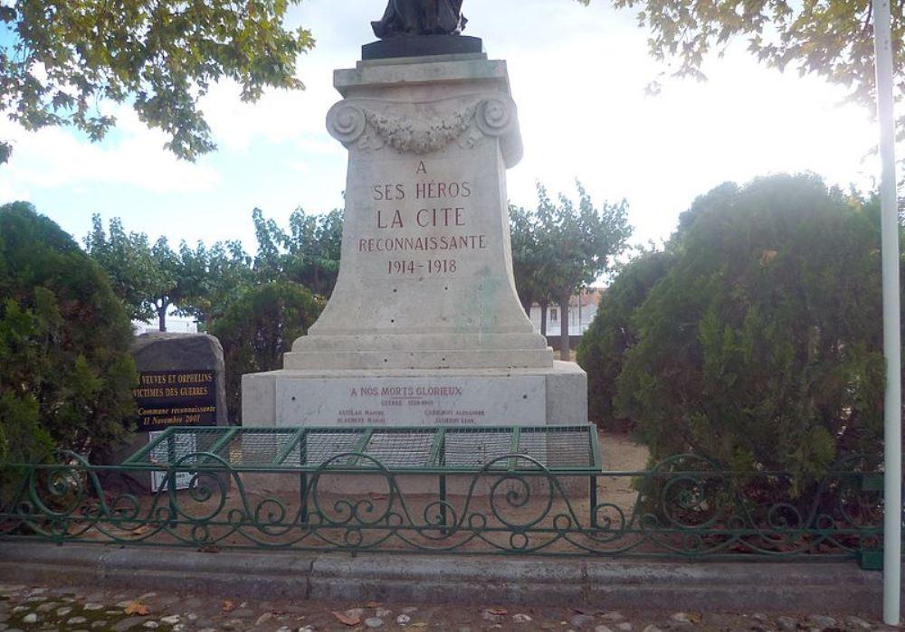 War Memorial Paulhan