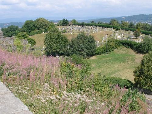 Commonwealth War Graves Ballengeich Cemetery