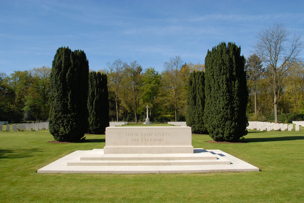 Commonwealth War Cemetery Jonkerbos