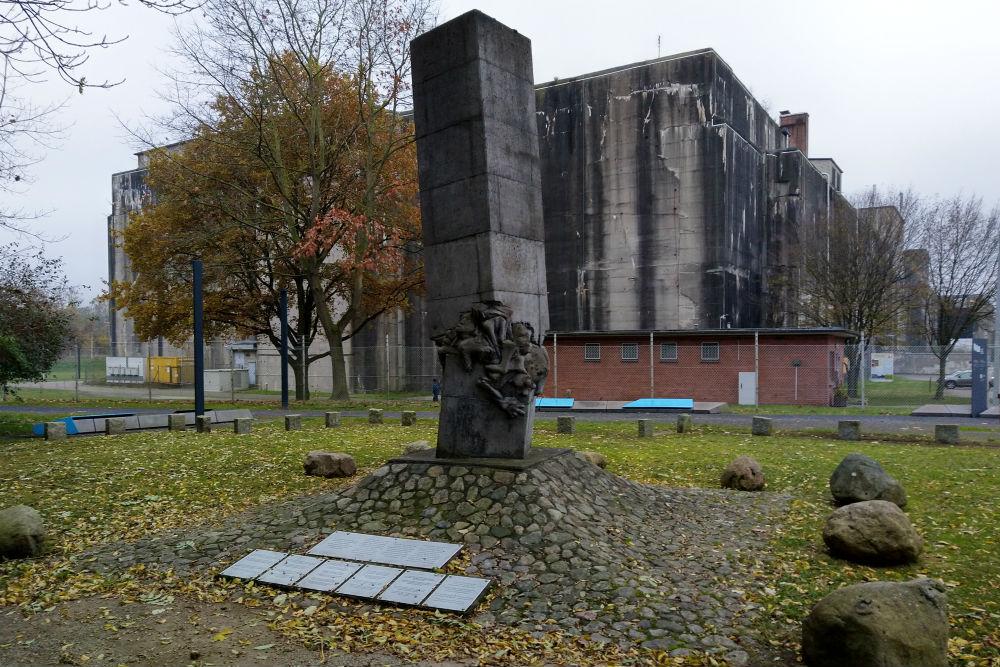 Monument Omgekomen Gevangenen Valentin