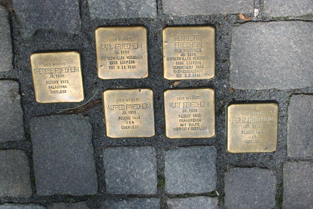 Stumbling Stones Backerstrasse 45