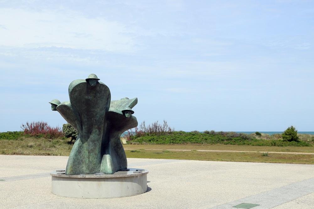 Sculptuur Juno Beach