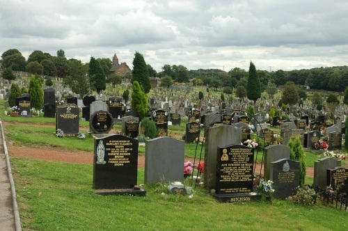 Commonwealth War Graves Old Monkland Cemetery