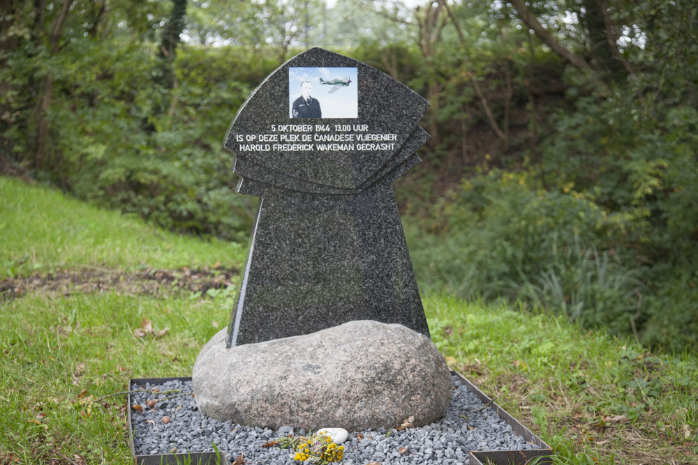 Monument Harold Frederick Wakeman