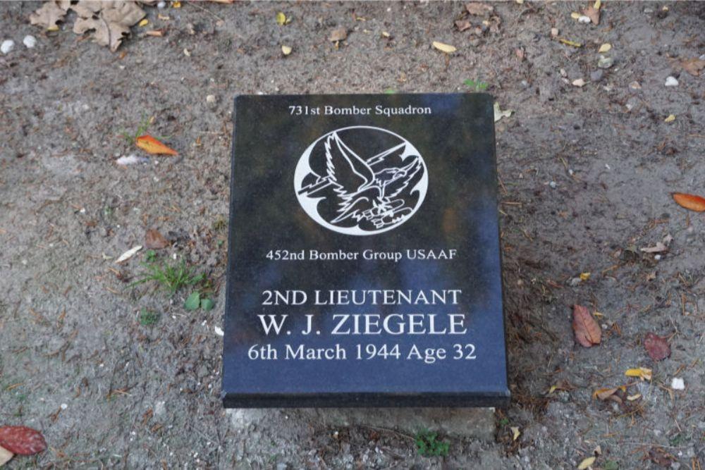 American Memorial Stones General Cemetery Nieuw-Dordrecht
