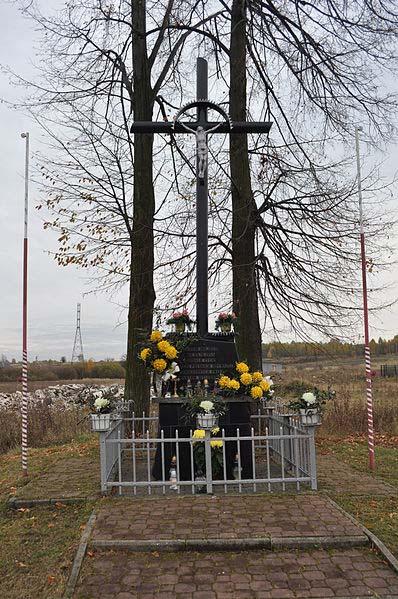 Execution Memorial 1944